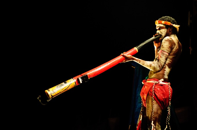 Didgeridoo_player
