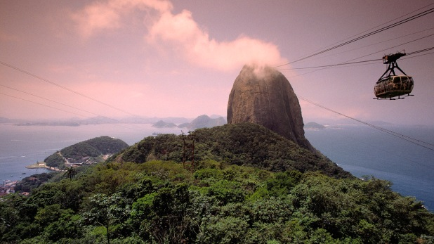 Sugarloaf Mountain, Rio de Janeiro, Brazil --- Image by © Radius Images/Corbis